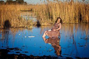 elegant maternity shoot ideas