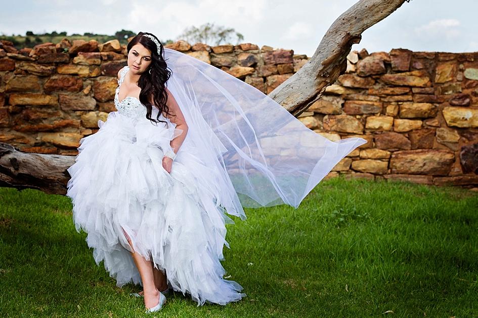 creative-treebranch-wedding-shot.jpg